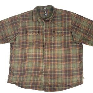 Dickies mens relaxed fit flannel shirt.